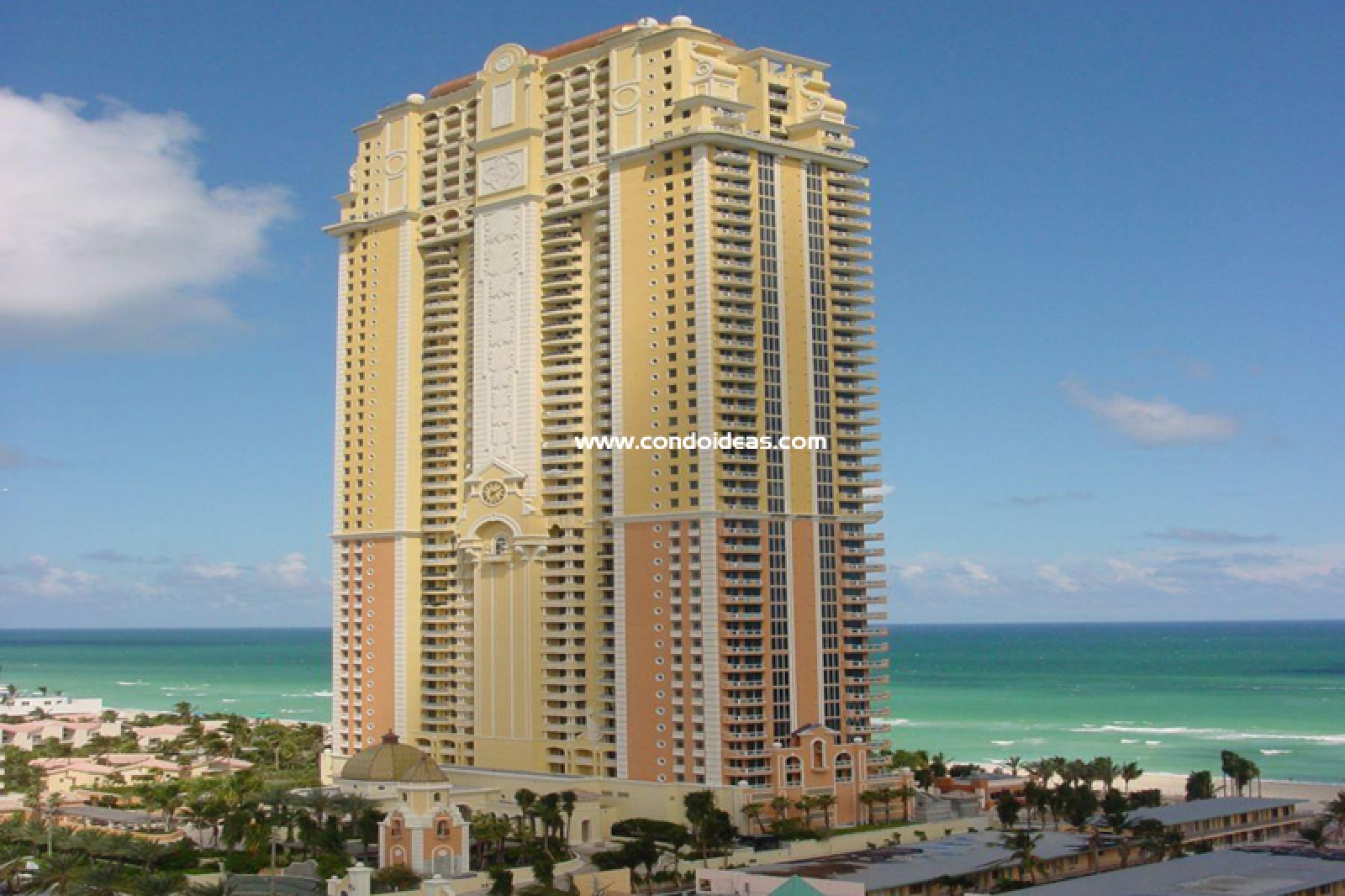 Acqualina condo